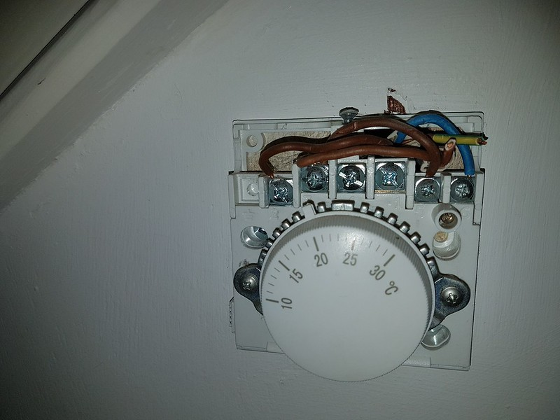 Wiring    a New thermostat  Old to New  Help     DIYnot Forums