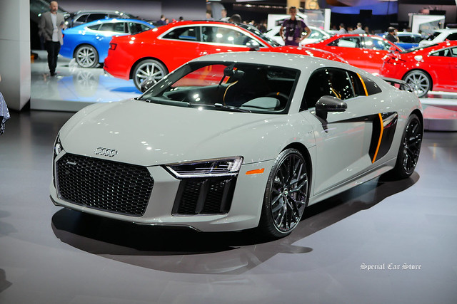2017 Audi R8 V10 plus Exclusive Edition with Laserlight