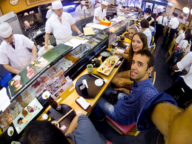 Hora de comer Sushi en Japón