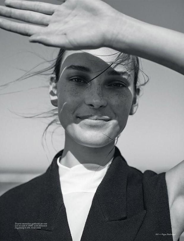 Julia-Bergshoeff-Vogue-Netherlands-Annemarieke-Van-Drimmelen-08-620x812