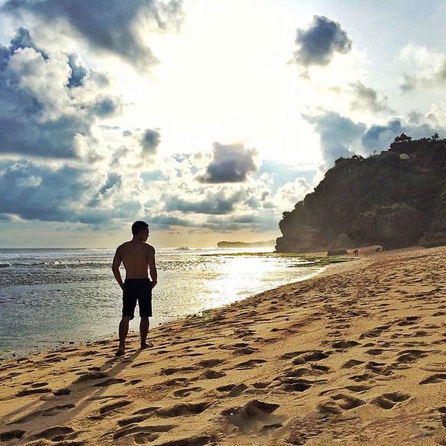Watu Lawang Beach