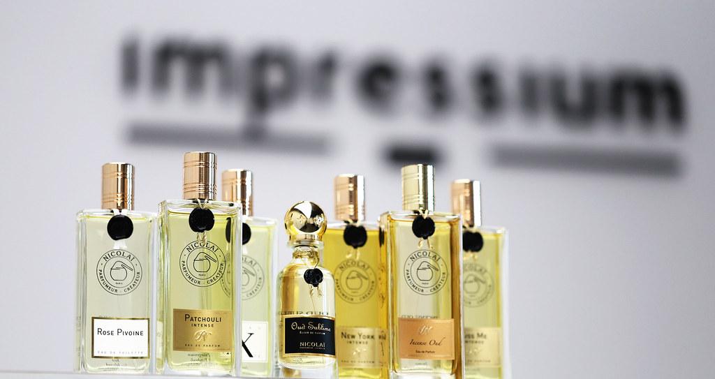 Perfumy Nicolai z Patchouli Intense na pierwszym planie