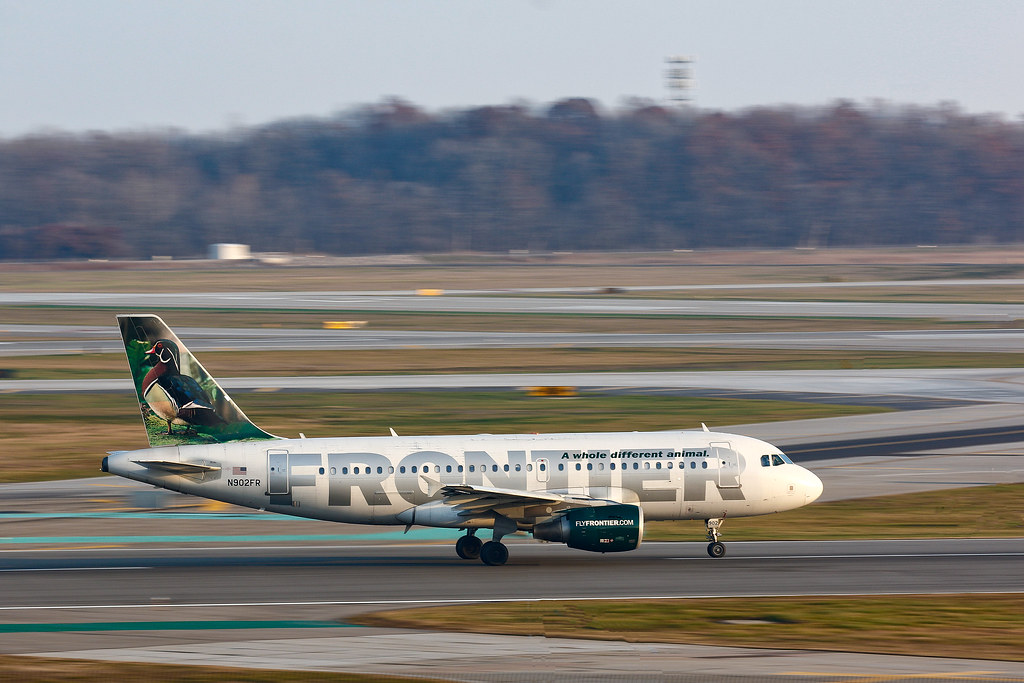 Frontier Airlines Airbus A319 Departing Detroit Metro