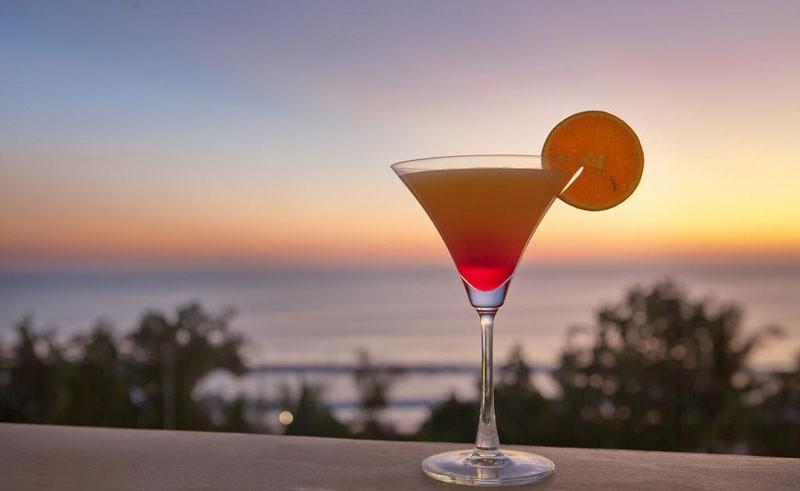 8-Sandbar-by-Maharani-Beach-Hotel-2