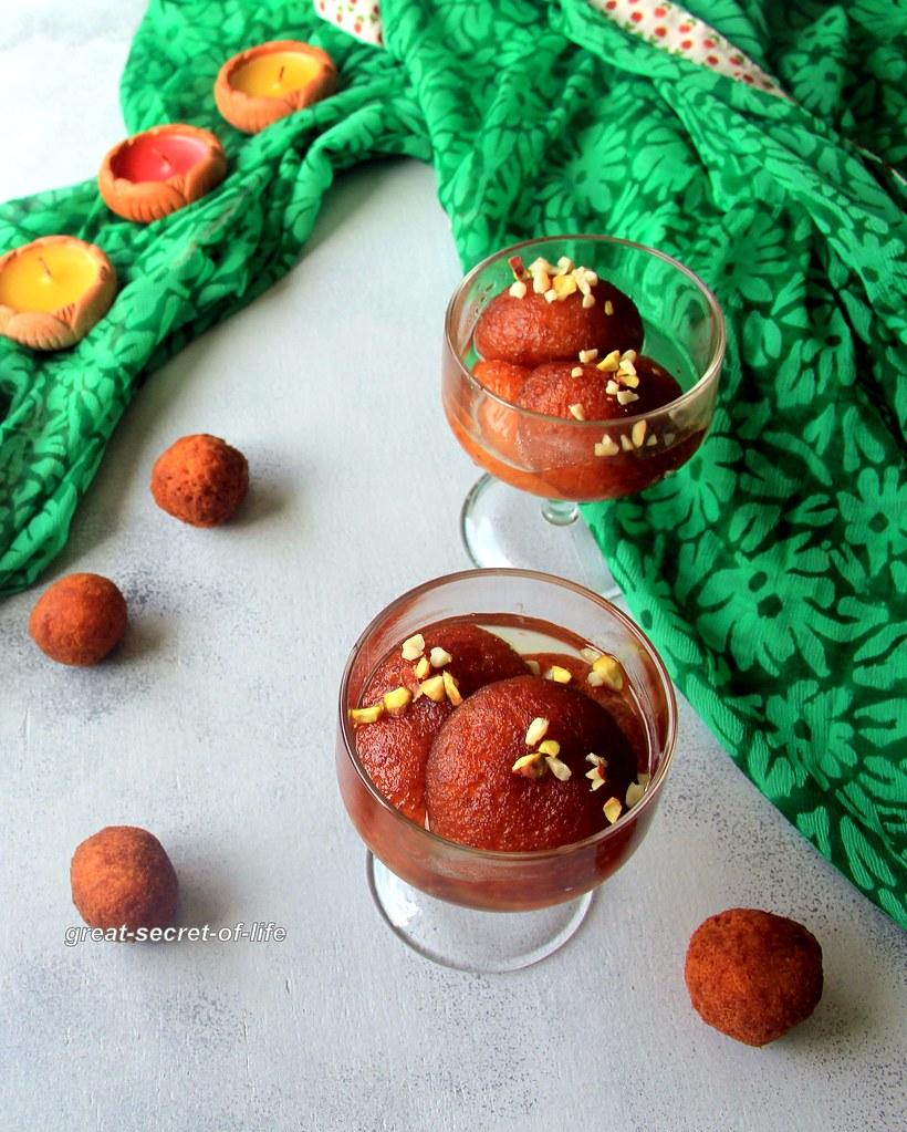 Makkan peda recipe arcot makkan peda recipe simple diwali sweet during my childhood days getting gulab jamun indian sweet doughnut for every small achievement is given also for festivals like diwali gulab jamun is forumfinder Gallery