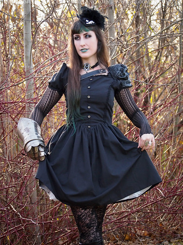 gothic outfit by gloomth