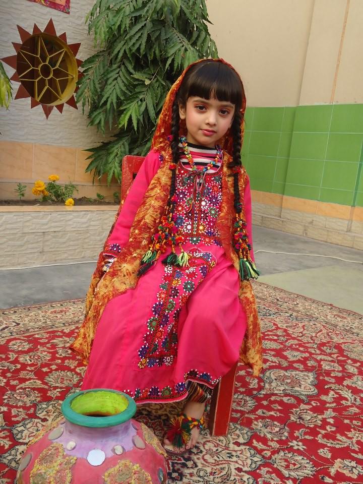 Model  Suits Pakistani Dresses Dress Patterns Girls Dresses Forward Sindhi