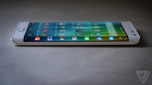 Concepts still practical? Review Samsung Galaxy Note Edge