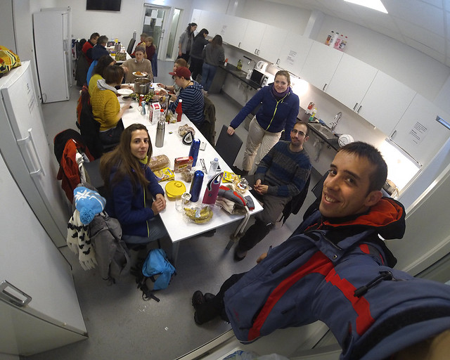 En las cocinas comunes del Camping de Tromso