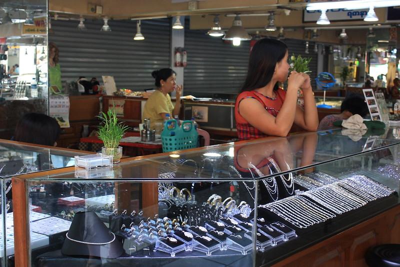 Ювелирные лавки Янгон