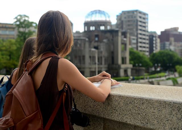 Un día en Hiroshima junto al único edificio en pie