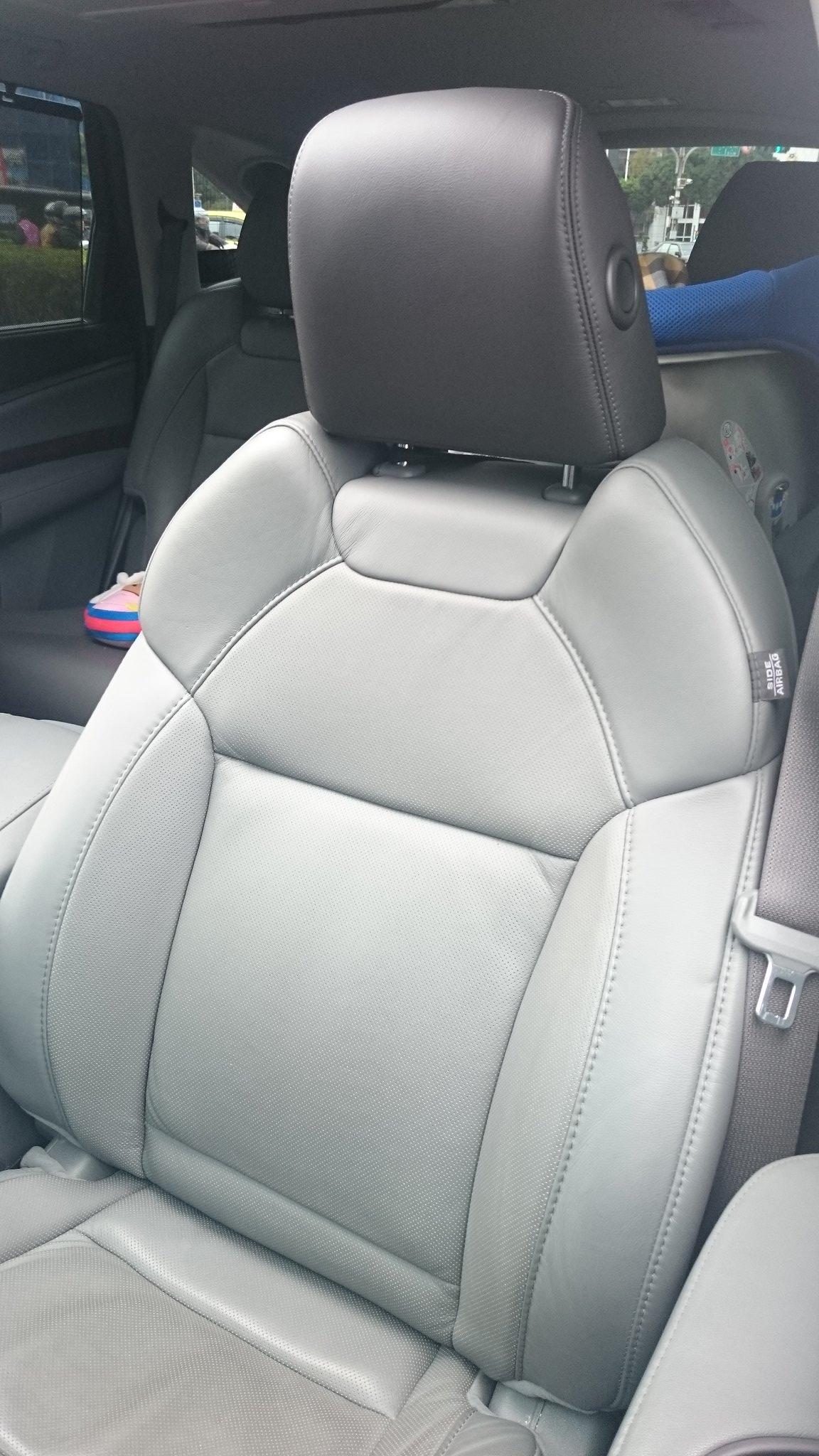 Acura Mdx Vs Rdx >> The angle adjustable headrest. - Acura MDX Forum : Acura