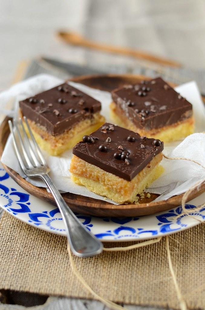 Millionaire shortbread – Caramel square