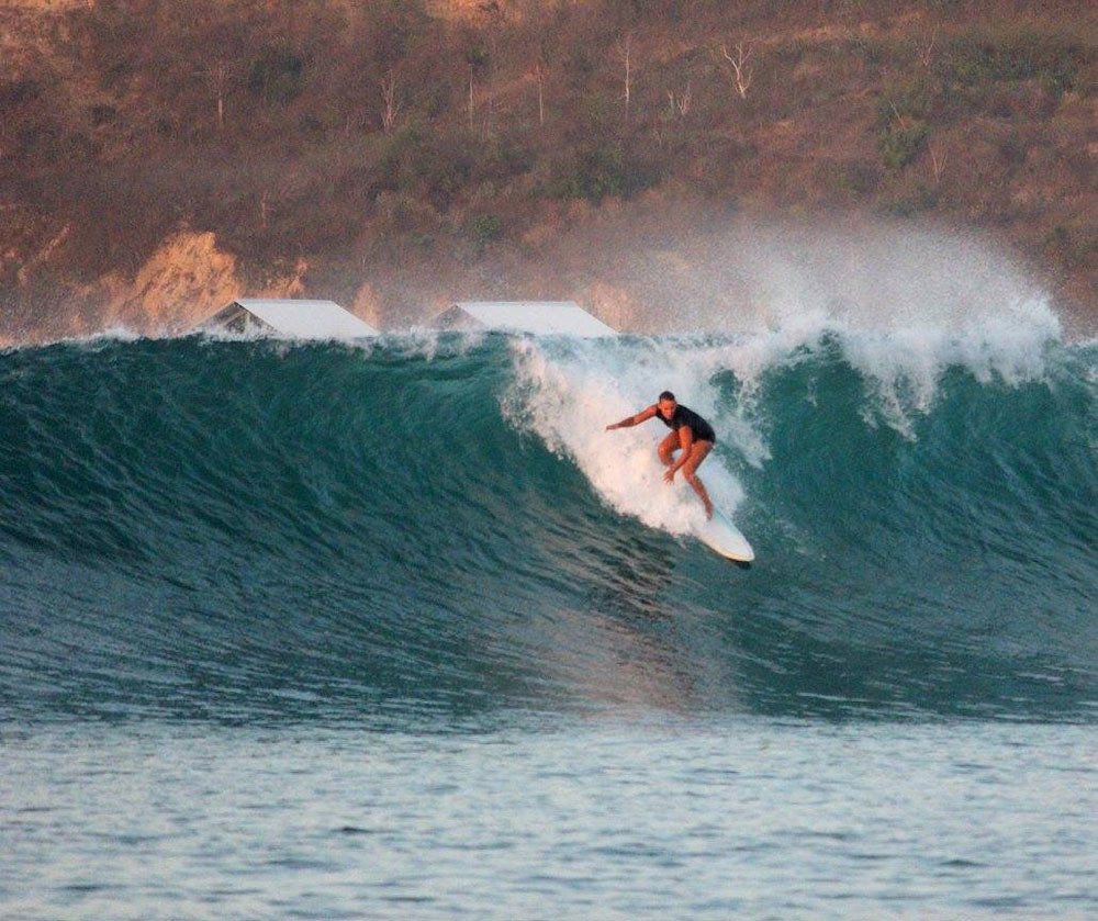 2-via-surf-camp-lombok