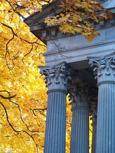 mount pleasant cemetery Corinthian columns yellow autumn leaves