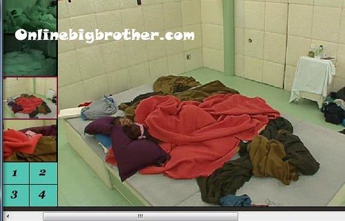 BB13-C3-8-3-2011-2_23_03.jpg | by onlinebigbrother.com