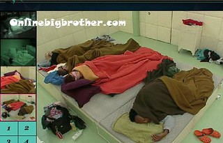 BB13-C4-8-1-2011-7_47_23.jpg | by onlinebigbrother.com