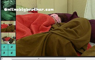 BB13-C3-8-3-2011-6_37_01.jpg | by onlinebigbrother.com