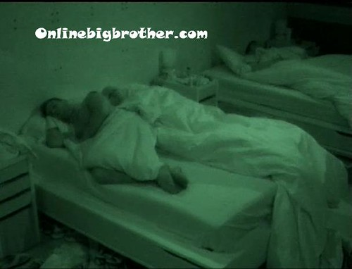 BB13-C4-7-8-2011-7_42_23.jpg | by onlinebigbrother.com