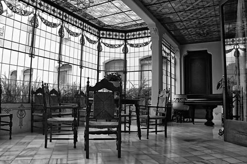 Solo de piano solo piano casa alegre de sagrera for Piani casa africani gratis