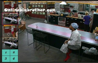 BB13-C1-7-29-2011-1_32_33.jpg | by onlinebigbrother.com