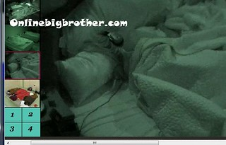 BB13-C3-8-4-2011-4_33_37.jpg | by onlinebigbrother.com