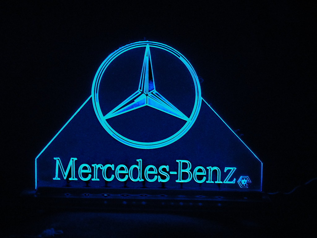 2016 lone star lemans mercedes benz car corral september for Mercedes benz star logo