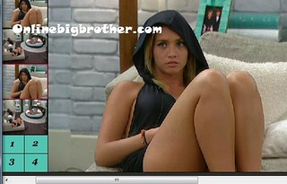 BB13-C3-8-2-2011-12_50_20.jpg | by onlinebigbrother.com