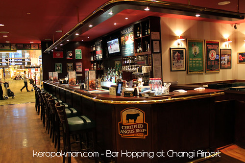Changi Airport - O'Learys Sports Bar and Grill | by keropokman