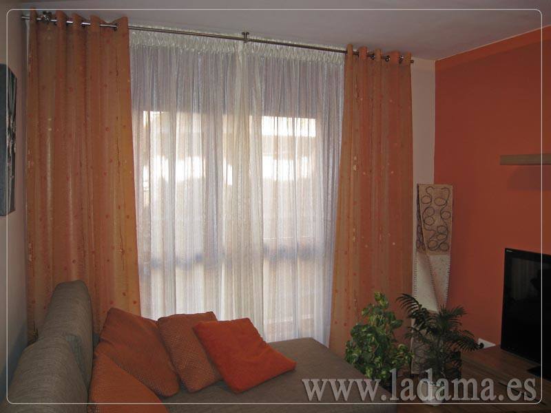 Decoraci n para salones cl sicos cortinas con dobles cort for Cortinas actuales para salon