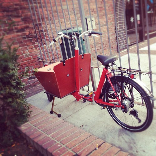 Bakfiets, Somerville MA | by Lovely Bicycle!