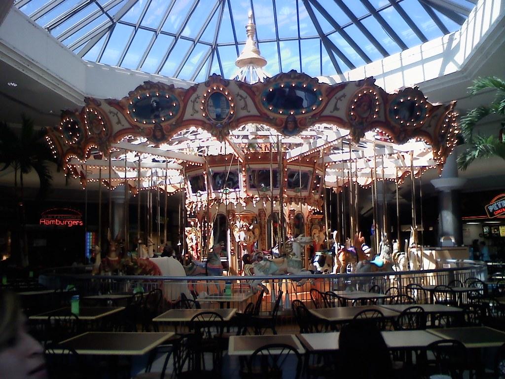 Food Court Carousel