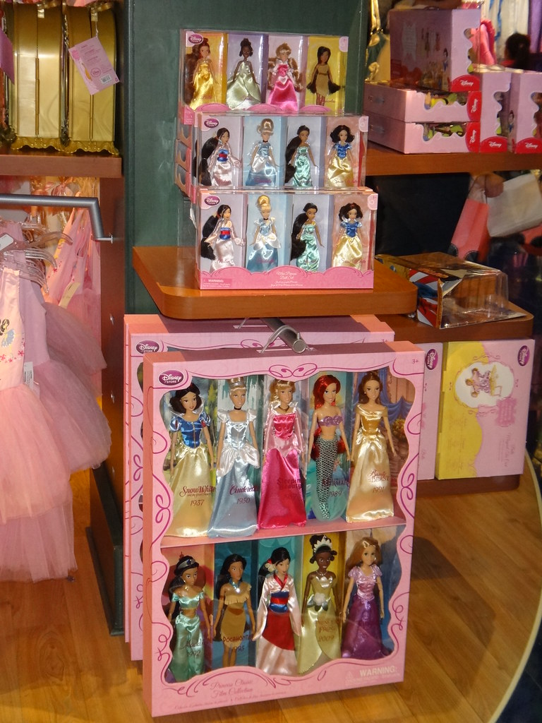 Disney Princess Mini Doll Sets And Classic Doll Set Flickr