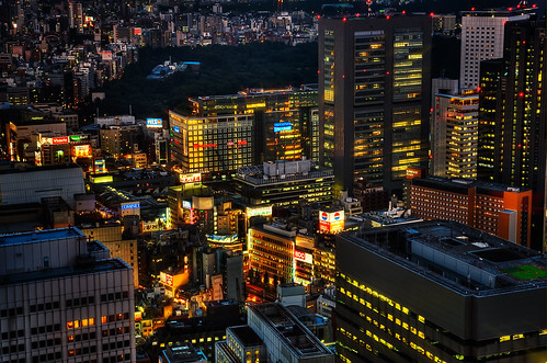 Lights on, Tokyo! | by Sprengben [why not get a friend]