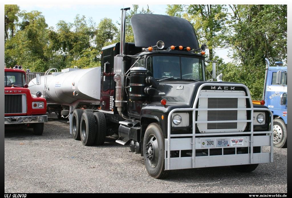 mack rs 700 l r d trucking inc mack rs 700 l r d. Black Bedroom Furniture Sets. Home Design Ideas