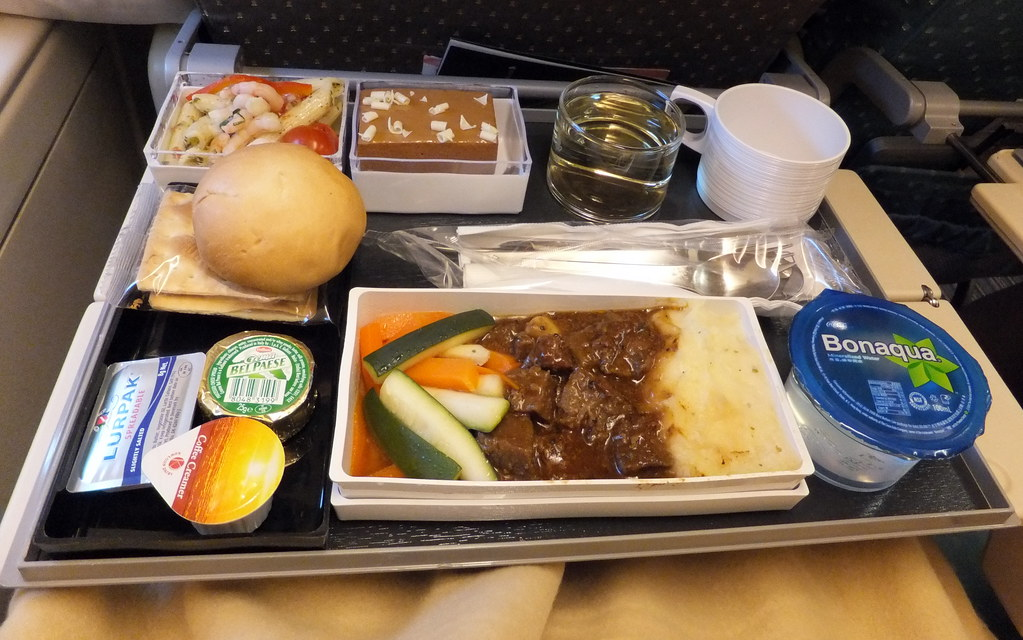 SQ Singapore Airlines In-flight Meal HKG-SIN | 200V ...