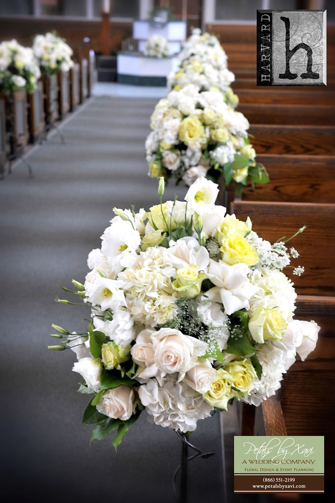flowers arrangements for wedding small aisle flower arrangement for wedding ceremony 4248