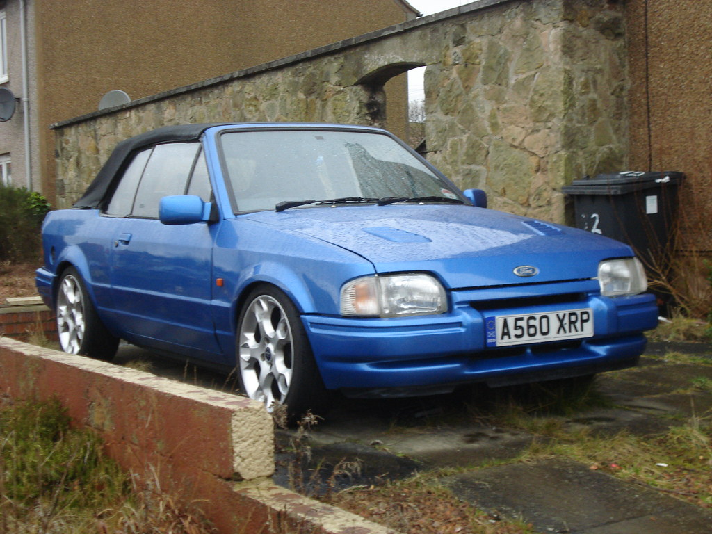 1984 Ford Escort 1.6i Cabriolet | Puzzling at first glance ...