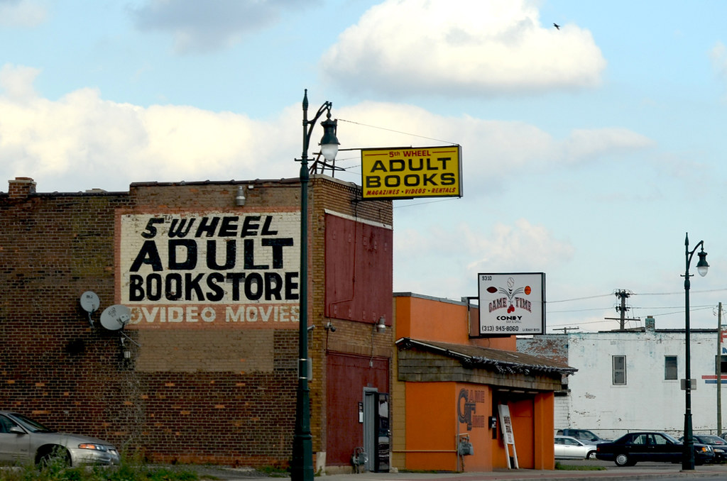 Adult Bookstore Finder 116