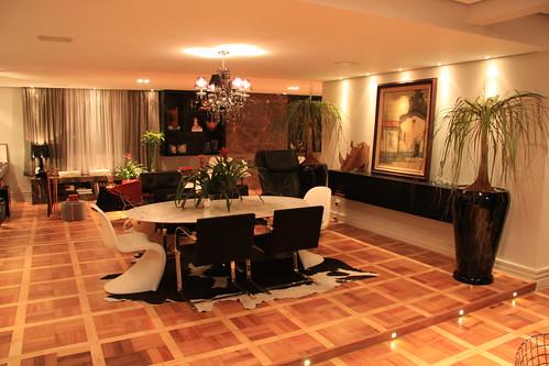 Mesa jantar e cadeiras tapete vasos com plantas flickr for Tapete mesa