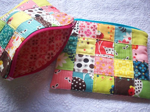 Flea Market Fancy Zipper Pouches | by Cat Hair Quilts