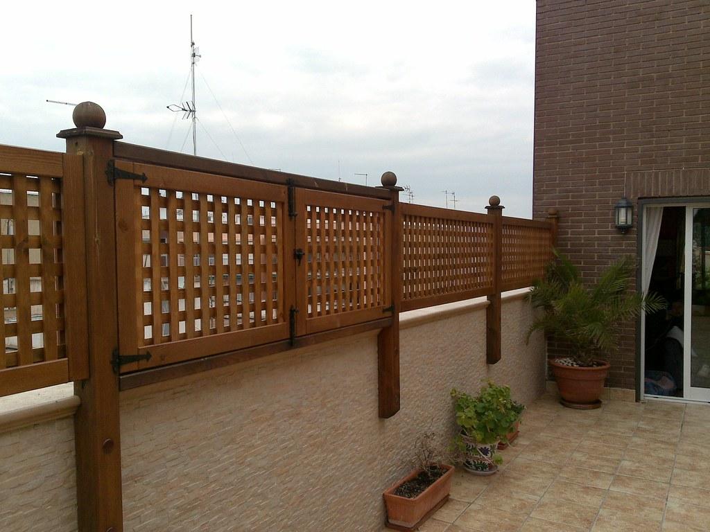 Celos as de madera la instalaci n de celos as de madera for Celosia madera jardin