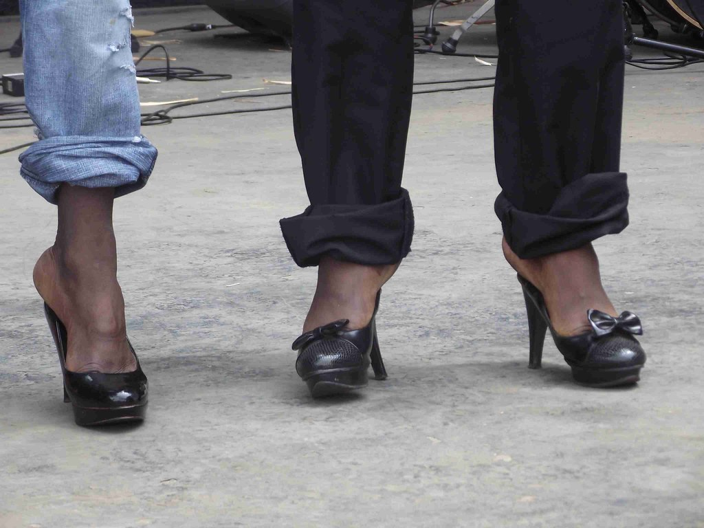 Luxury 21 Creative Guys Wearing Womens Sandals U2013 Playzoa.com