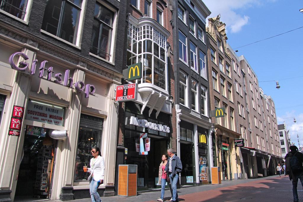 Tassen Nieuwendijk Amsterdam : Mcdonald s amsterdam nieuwendijk netherlands two