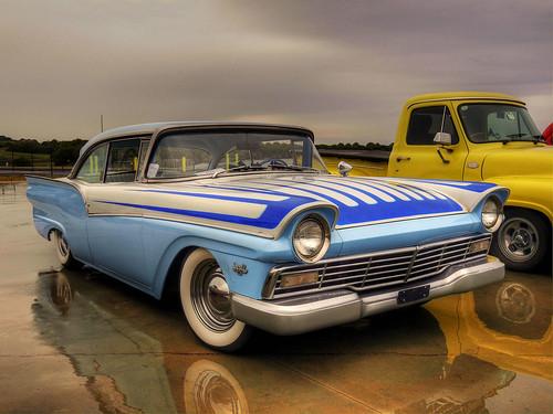 Custom Hot Rods 1957 Ford Fairlane {ex...