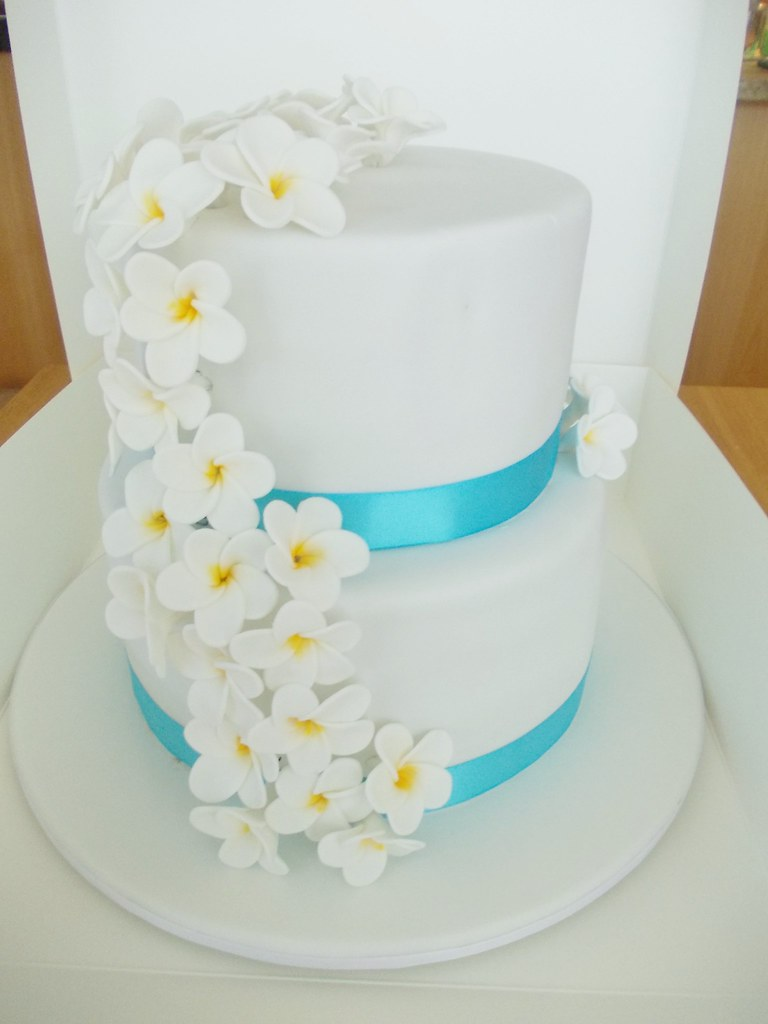 2nd marriage wedding cakes frangipani wedding cake this is my second wedding cake 10115