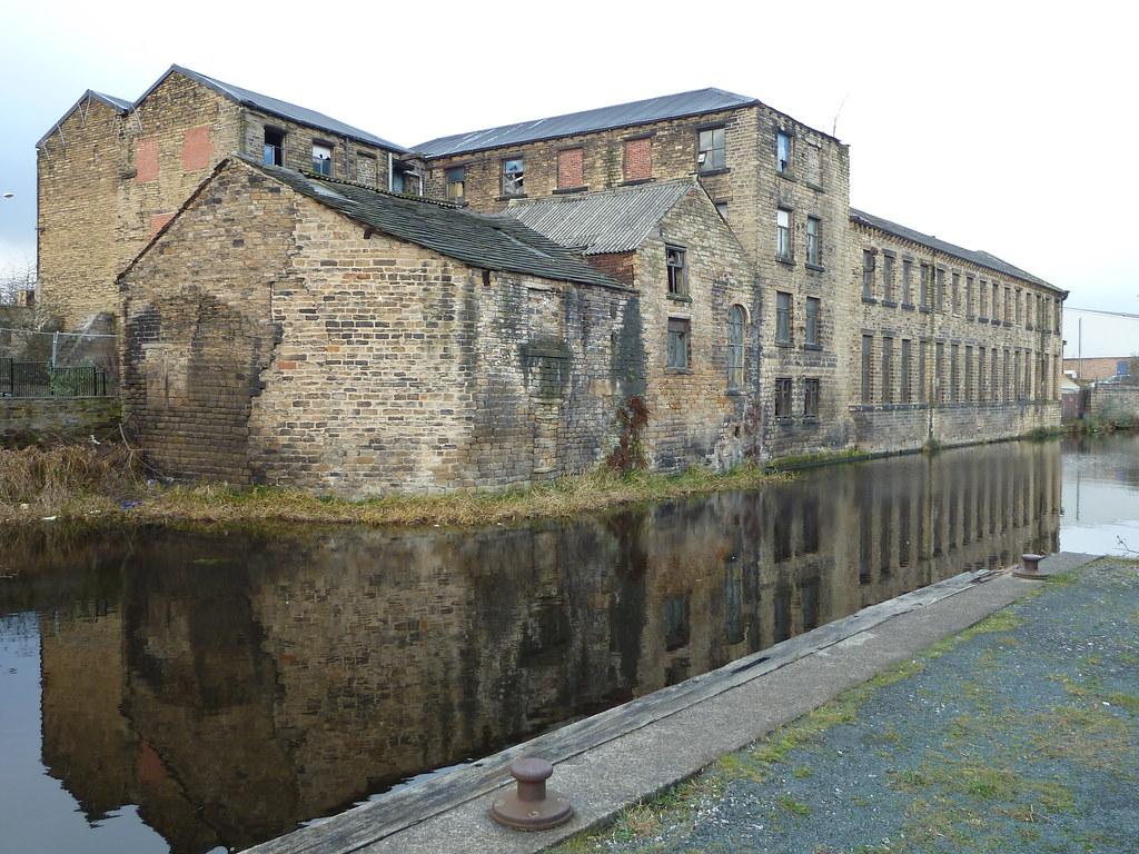Mill Huddersfield Broad Canal    Old Leeds Road Huddersfiel