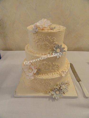 Ivory Flowered Wedding Cake