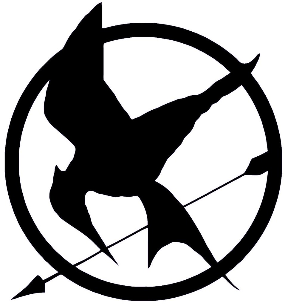 hunger games trilogy | Hunger games tattoo, Hunger games ... |Hunger Games Mockingjay Pin Outline