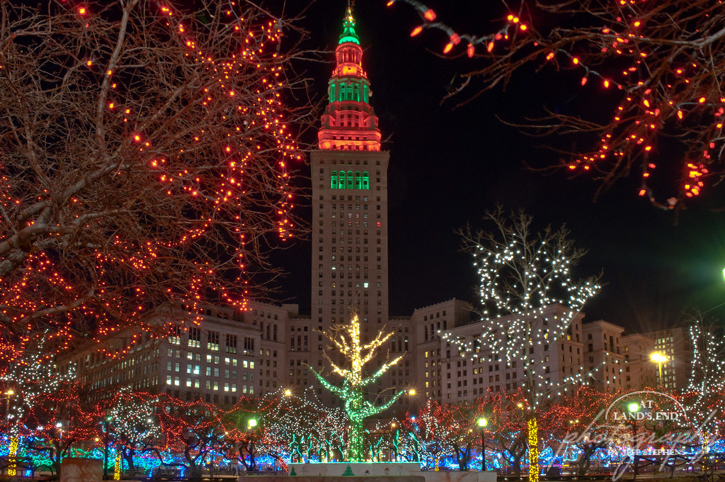 Christmas In Cleveland | Clevelandu0027s Public Square Set Aglowu2026 | Flickr